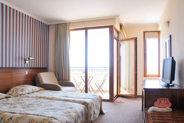 Selena_hotel_double_room1
